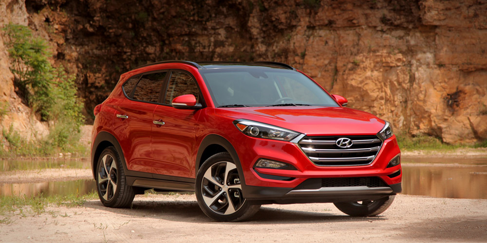Hyundai Tucson for rent in Lebanon by Showcase Lebanon, 5 seater Hyundai Tucson  by showcase Lebanon rent a car, automatic Hyundai Tucson 2016 by showcase Lebanon rentacar, Showcase Lebanon car rental company, showcase car rental companies in Lebanon, ren